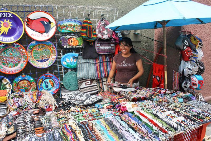 nogales sidewalk vendor