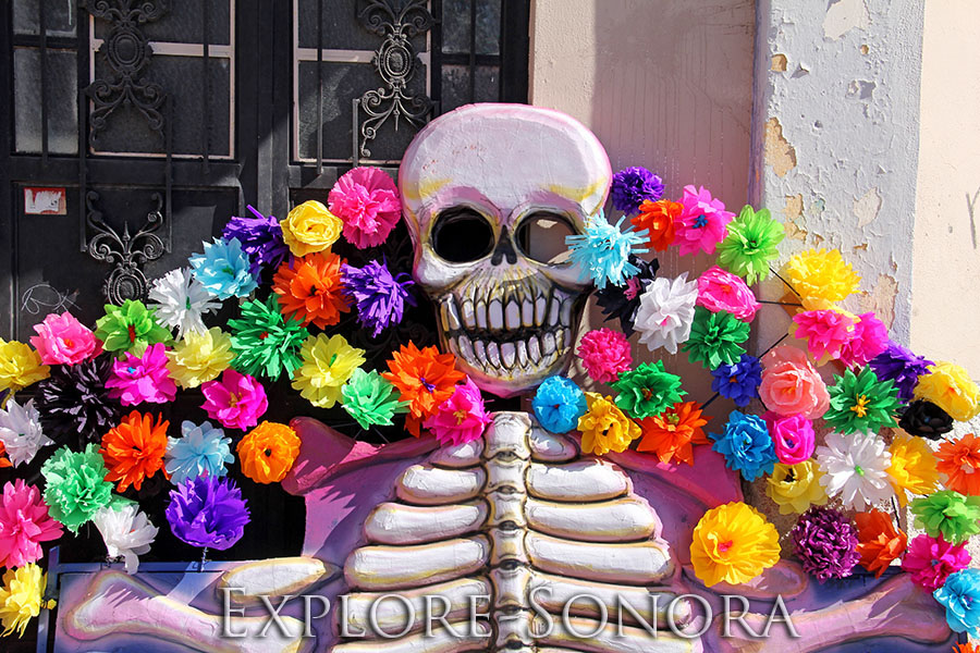 Festive Day of the Dead art in Guaymas, Sonora