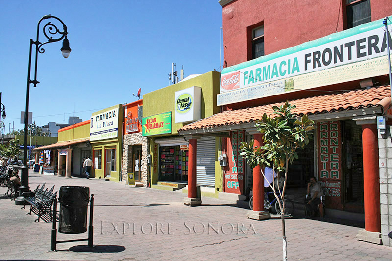 Plaza Pesquiera pharmacies in Nogales, Sonora