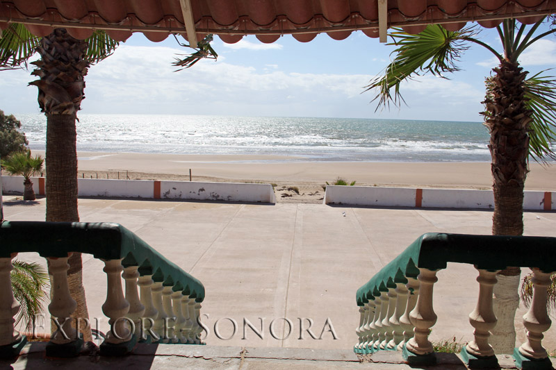 The scene from the top of the steps at the Hotel Playa Dorada Desemboque