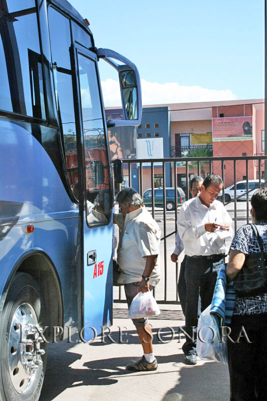 Boarding a bus in Nogales