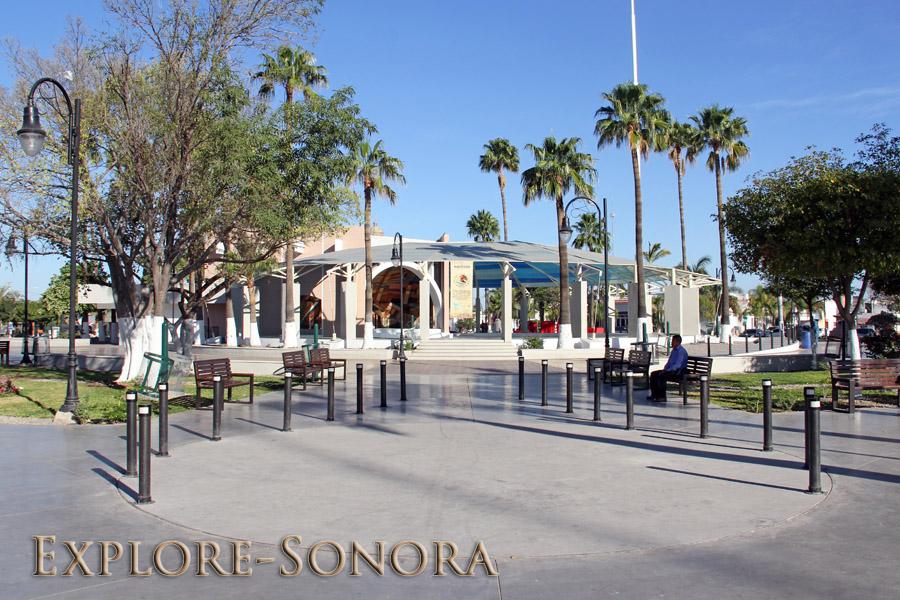 Plaza Cinco de Mayo en Navojoa, Sonora