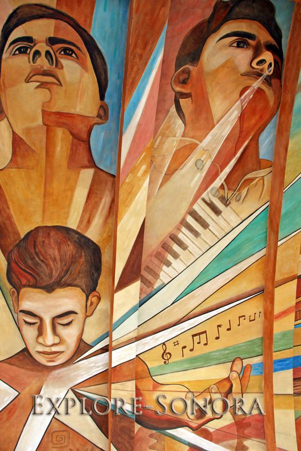 Mural de la cáscara de concierto en Navojoa's Plaza 5 de Mayo