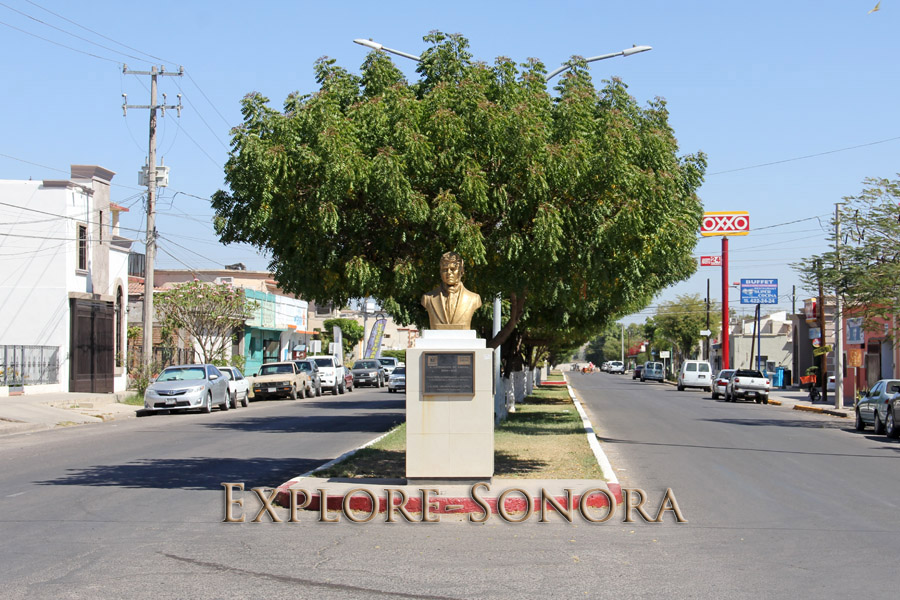 Boulevard monument on Calle No Reeleccion in Navojoa, Sonora, Mexico