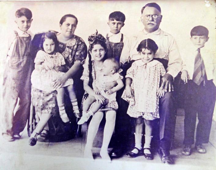 President Alvaro Obregon and his family