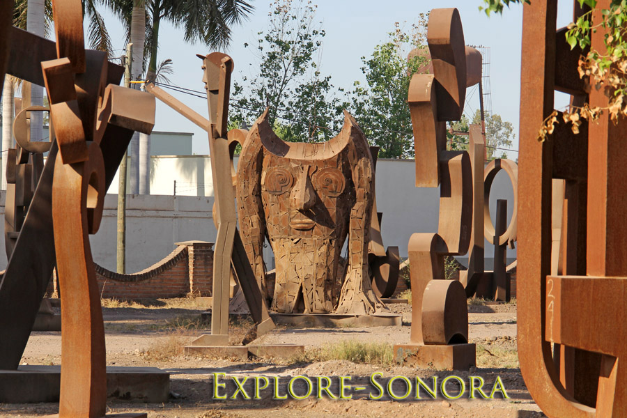 The metal monuments of Navojoa