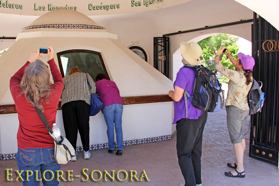 Ambos Tours - Visiting the mausoleum of Father Kino in Magdalena de Kino, Sonora, Mexico