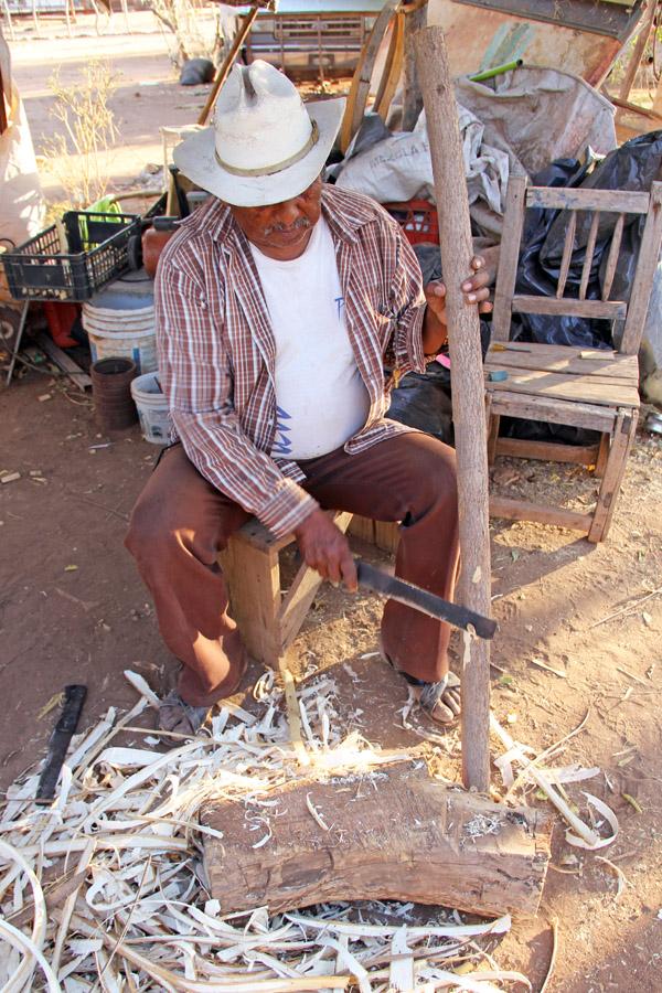 A Sonora Mayo artisan in Barrio Cantua, Sonora