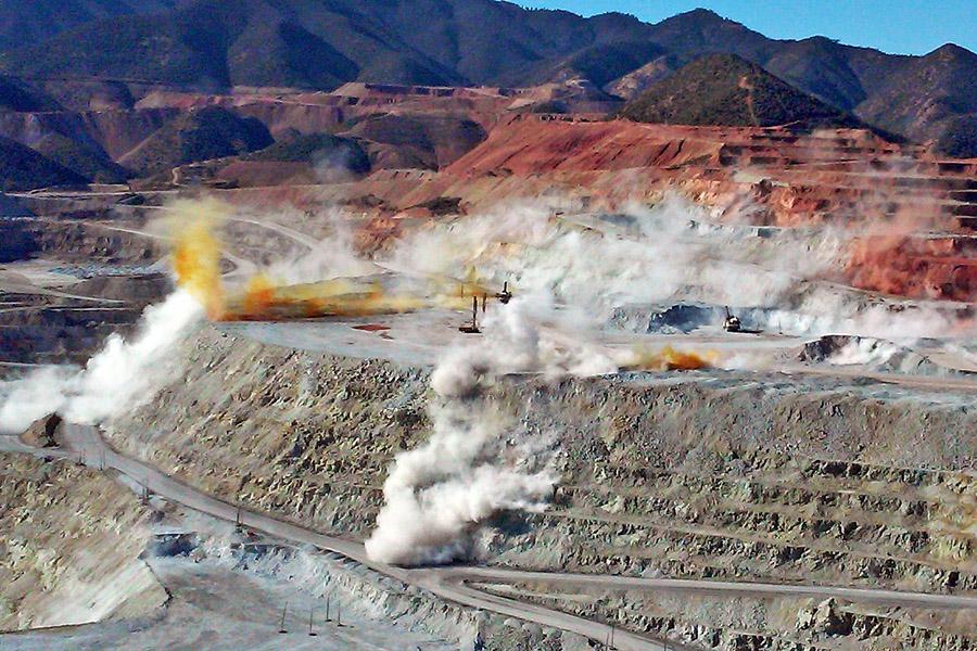 Cananea copper mine - photo courtesy of AmbosTours.com